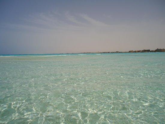 Carols Beau Rivage: Mar, mais limpo que uma piscina!