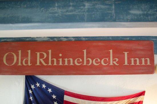 Olde Rhinebeck Inn : Living room