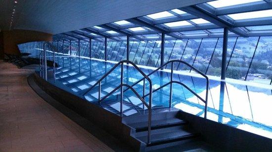 Austria Trend Hotel Schloss Lebenberg: Der Panorama-Pool