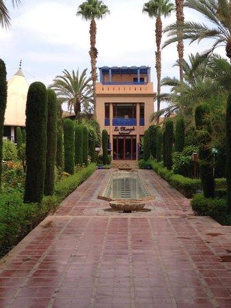 Le Meridien N'Fis: jardín Andaluz