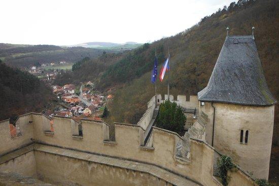 Karlstejn Castle: Vista no castelo