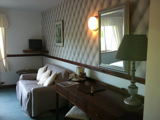 Ardagh Hotel & Restaurant : THE ROOM