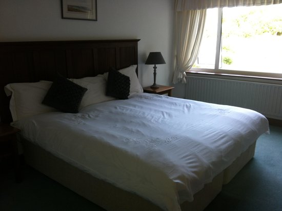 Ardagh Hotel & Restaurant: THE COMFY BED