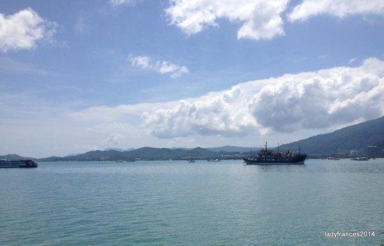 Dataran Lang: Overlooking the sea