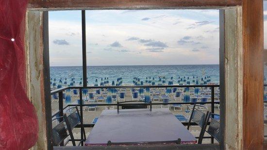 Cafe Baquito : Vista dalla finestra