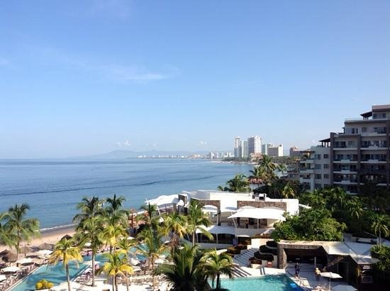 Secrets Vallarta Bay Resort & Spa: view from our room in the preferred tower