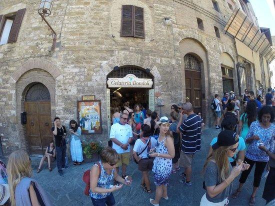 Piazza della Cisterna: World's Best Gelato