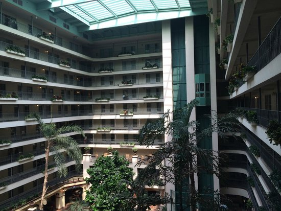 Embassy Suites by Hilton Santa Ana Orange County Airport: 2