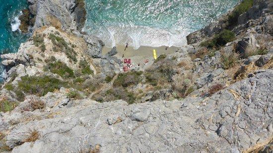 Torre Saracena: Spiaggia punta Crena