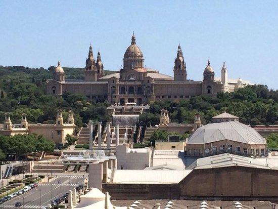 Catalonia Barcelona Plaza: A nice view