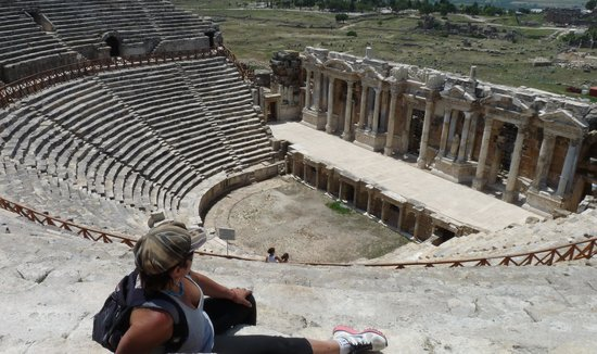 Hierapolis & Pamukkale : anfiteatro