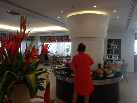 Hilton Cartagena : Breakfast bar