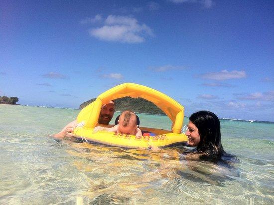 Taufua Beach Fales : Whānau time