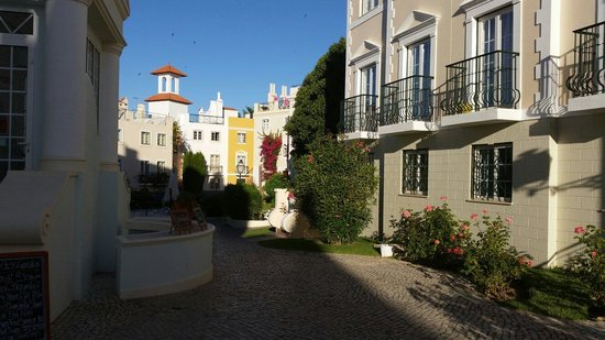 The Old Village Apartments: Beautiful surroundings