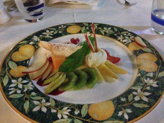 L'Antica Trattoria: Crispy Cone with Lemon Cream