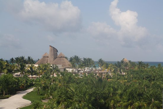 Secrets Maroma Beach Riviera Cancun: Ocean view from our balcony