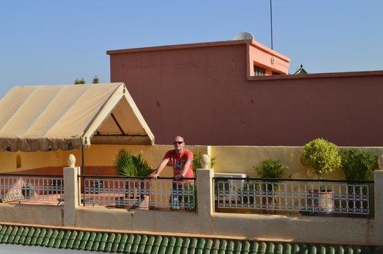Riad Aguerzame : roof