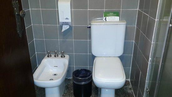 Tropical Manaus Ecoresort : Banheiro