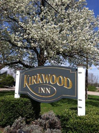 Kirkwood Inn: Front sign