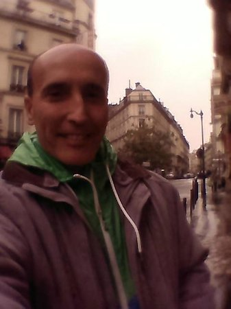 Hôtel Victor Massé : alrededores del hotel...maso   a 1 cuadra....