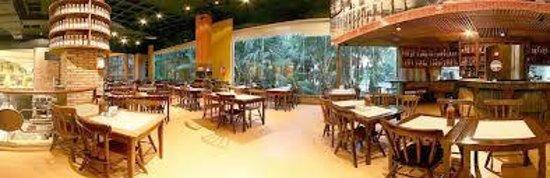 Cachacaria do Dede e Emporio: Restaurante Cachaçaria do Dedé
