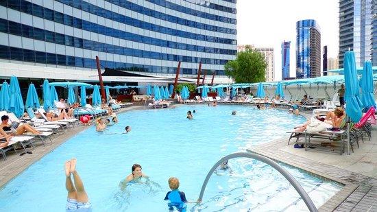 Vdara Hotel & Spa : Piscina