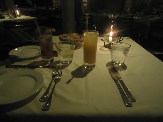 Toscanini Restaurant: romantic candlelight dinner
