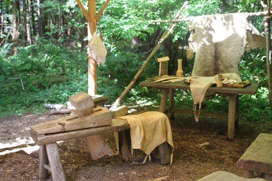 Fort Clatsop National Memorial: Replica gear from the L&C era