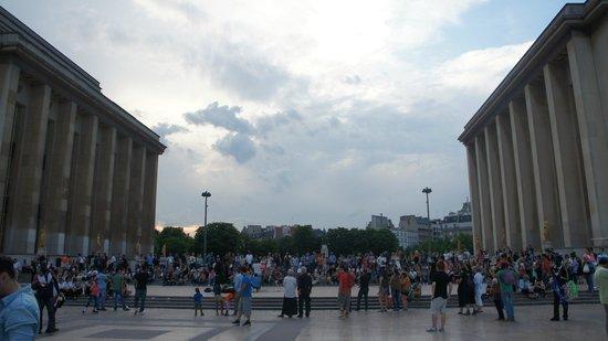 Palais de Chaillot: Praça