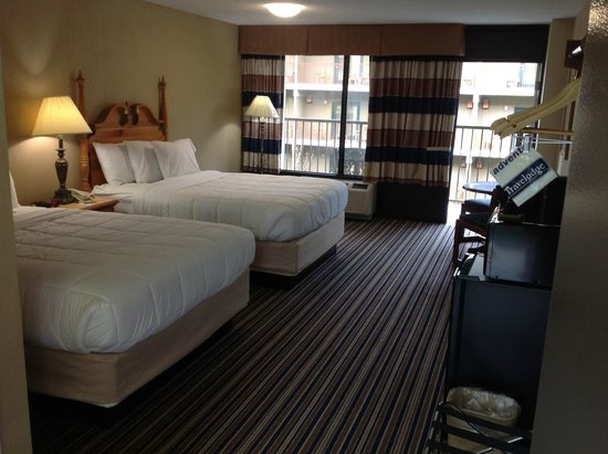 Travelodge Inn & Suites Gatlinburg on the River: Double Queen