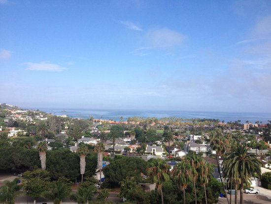 Hotel La Jolla, Curio Collection by Hilton: View at breakfast.