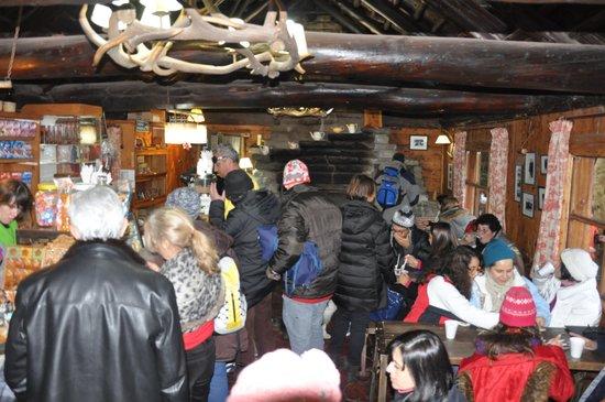 Disney's Cabin: Interior da cabana