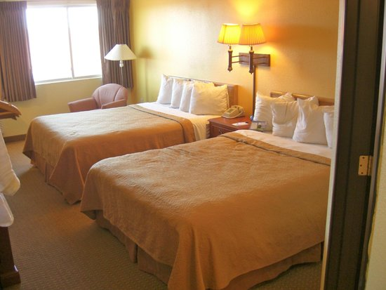 Baymont Inn & Suites Albuquerque Downtown: Comfortable beds