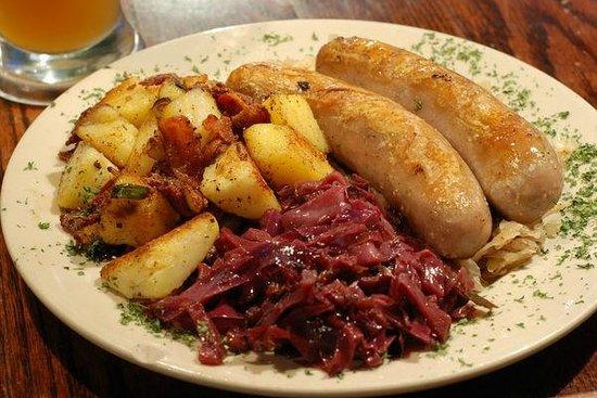 Kokosnuss: Fried potato, sausages and sauerkraut - fantastic!