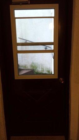 Hotel du Lac: Voici une vue de l'intérieur du corridor...