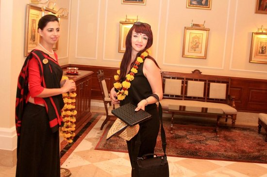 The Imperial Hotel: встреча гостей