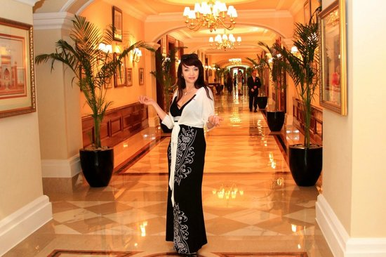 The Imperial Hotel : роскошь интерьеров отеля