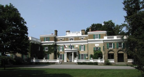 Franklin Delano Roosevelt Home : Springhill - the house - was extensively expanded and renovated in 1915