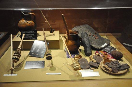 Havanna Museo del Chocolate: Instrumentos de produção artesanal
