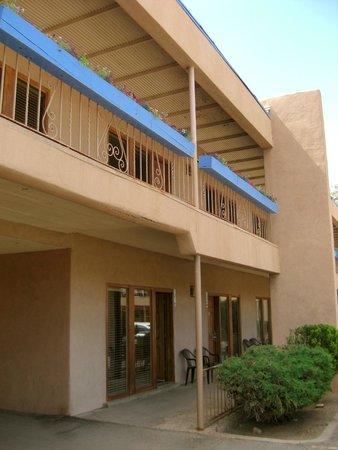 Garrett's Desert Inn: Hotel balcony