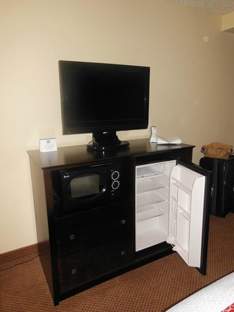 BEST WESTERN PLUS Denver Tech Center Hotel: TV, refrigerator, microwave