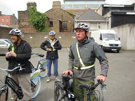 Dublin City Bike Tours: Brian gives instructions
