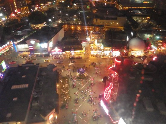 Clifton Hill: View from the Skywheel