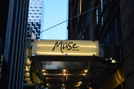 Kimpton Muse Hotel: Outside
