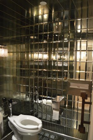 Kimpton Muse Hotel: Lobby bathroom. They are all different and neat looking.