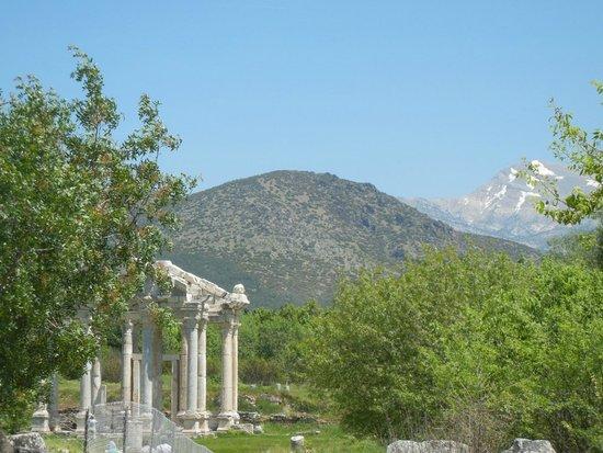 Aphrodisias : Tetrapylon