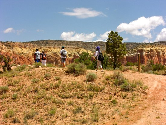 Ghost Ranch: A little hike