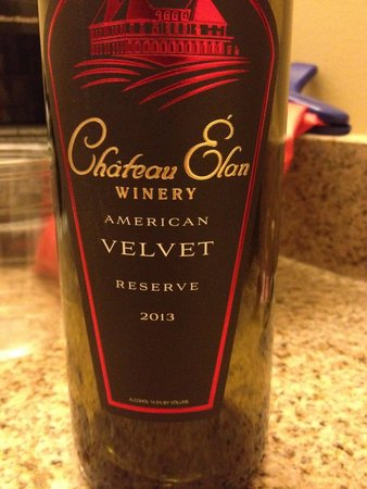 Chateau Elan Winery And Resort : don't miss the American Velvet