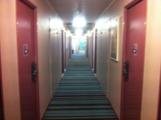 Hotel ibis Styles Paris Roissy Cdg : Muy colorido, me gustan los colores :D