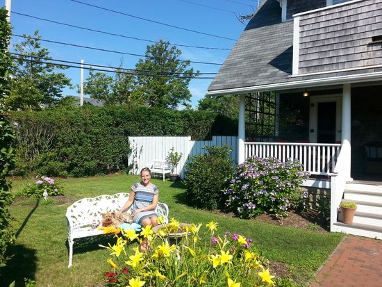 Safe Harbor Guest House : stunning outdoor area!!